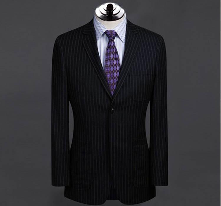 定制条纹西服应该怎么选