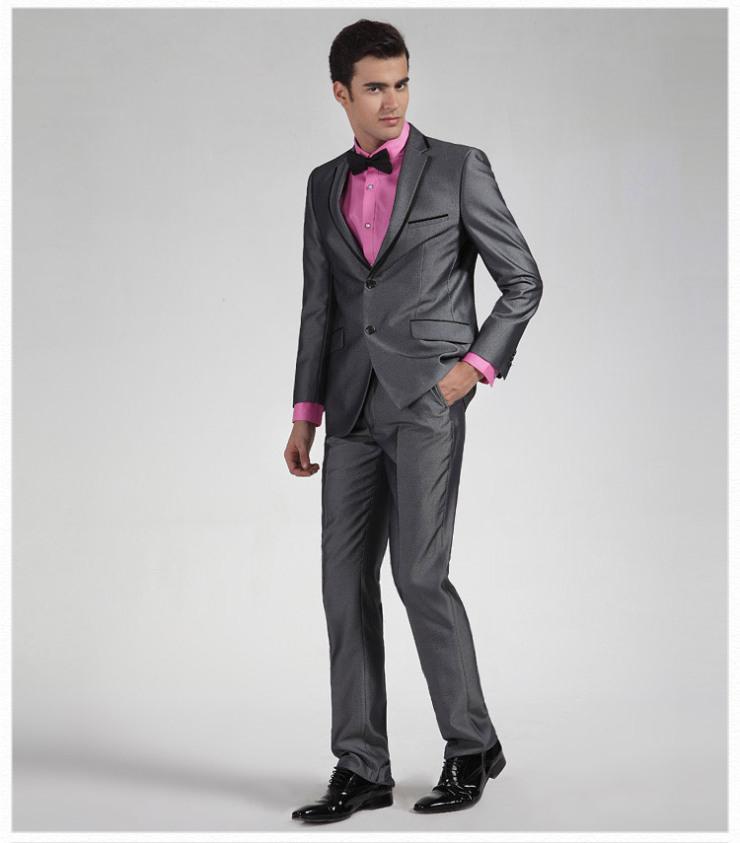 灰色或其它颜色的皮鞋
